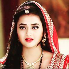 Beautiful Girl Indian, Beautiful Indian Actress, Beautiful Actresses, Beautiful Bride, Cute Little Girl Dresses, Cute Girl Poses, Indian Bridal Fashion, Bridal Photoshoot, Stylish Girl Pic