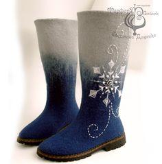 handmade shoes of felt