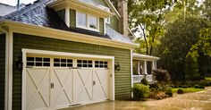 If you're considering replacing your garage door, you've come to the right place! Wayne Dalton builds and installs quality, unique, customized garage doors. No matter what type of home you have, you're sure to find the perfect door to complement it.