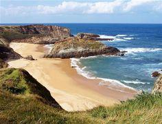 Tapia de Casariego, Asturias (Spain) Beautiful World, Beautiful Places, Running Of The Bulls, Asturian, Asturias Spain, Beach Vibes, Paraiso Natural, Spain And Portugal, Pamplona