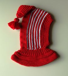 52e64ee9175a 7 meilleures images du tableau Cagoule tricoté   Baby boy shoes ...