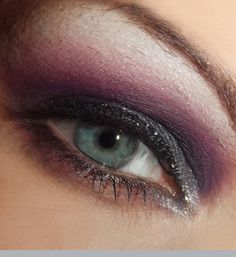 My EOTD from yesterday. I was playing around with my new camera, so pleased...decent pictures finally :D
