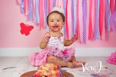 Celebrate your little once 1st birthday with a cake smash photo session, or maybe use the photos for your invitation cards for the birthday. Always a good idea.  Take a moment and visit my website veroj.com  #babyphotographylondon #cakesmashphotographylondon #cakesmash #verojphotography #photography