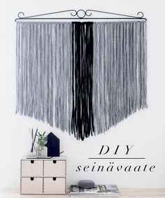DIY tapestry made from tricot ~ http://www.oblik.fi/2015/07/diy-seinavaate.html