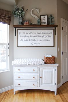 Breakfast nook changing table Using our breakfast nook as a diaper changing station while the littles are still in diapers. Baby Bedroom, Baby Boy Rooms, Baby Room Decor, Baby Boy Nurseries, Nursery Room, Girl Nursery, Country Boy Nurseries, Country Baby Rooms, Modern Nurseries