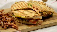 Σκεπαστή πίτα — Paxxi Cookbook Recipes, Cooking Recipes, Sandwiches, Beef, Snacks, Foods, Drinks, Meat, Food Food