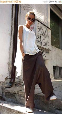 NEW Collection Loose Linen Brown Harem Pants / Extravagant Drop Crotch Brown Pants Extravagant Trousers by AAKASHA : NEW Collection Loose Linen Brown Harem Pants / by Aakasha on Etsy Ropa On Line, Vetements Clothing, Estilo Hippy, Look Fashion, Womens Fashion, Loose Tank Tops, Skirt Leggings, Skirt Pants, Vestidos