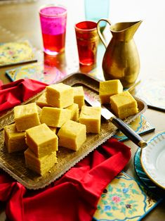 Have you an interest in indian cooking curry? Then arrived at the right place! Cooking Curry, Burfi Recipe, Indian Cookbook, Fried Fish Recipes, Indian Food Recipes, Ethnic Recipes, India Food, Food Festival, Tray Bakes