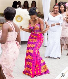 Image may contain: 4 people, people standing and wedding African Traditional Wedding Dress, African Fashion Traditional, African Inspired Fashion, Latest African Fashion Dresses, African Print Dresses, African Print Fashion, African Dress, Modern Traditional, African Bridesmaid Dresses