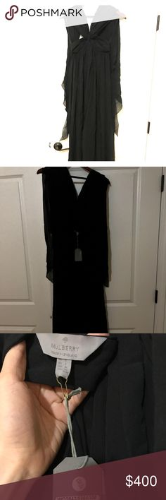 Mulberry halter black dress Halter chiffon silk dress us size 2 U.K. Size 6 but runs pretty small it's from the run way , brand new never worn good for beaches Mulberry Dresses Maxi