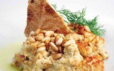 Χούμους με κουκουνάρι (ρεβιθοσαλάτα) - iCookGreek Macaroni And Cheese, Oatmeal, Bread, Breakfast, Ethnic Recipes, Food, The Oatmeal, Morning Coffee, Mac And Cheese
