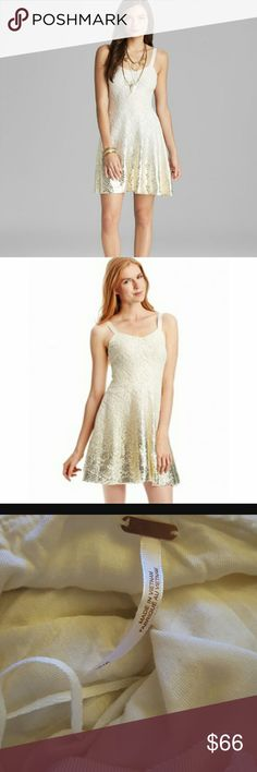 Free People Women's White Dress - Foil Ombre Lace Like new. Very elegant dress. Flare style. Free People Dresses