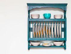 DIY plate rack | 5 DIY pallets projects