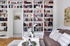 Living room, library room