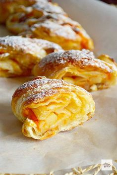 recipe developer, author and photographer at cave you craving. quick easy & mostly healty, vegan and vegetarian eats and bakes. Mexican Pastries, Mexican Sweet Breads, Mexican Food Recipes, Sweet Recipes, Dog Food Recipes, Dessert Recipes, Healthy Recipes, Healthy Cooking, Croissants