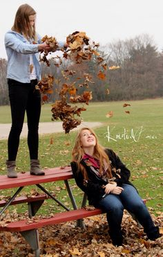 Fall photography 3 the leaves make a heart! Cute Fall Pictures, Fall Photos, Fall Pics, Best Friend Photography, Autumn Photography, Photography Poses, Best Friends Shoot, Best Friend Pictures, Roommate Pictures