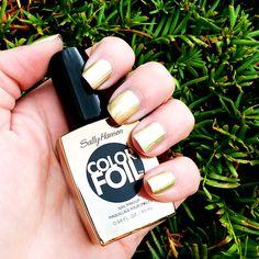 Sally Hansen Color Foil Liquid Gold