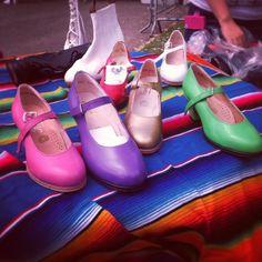 Zapatos de Folklor <3