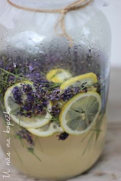Healthy Drinks, Healthy Recipes, Home Canning, Edible Flowers, Smoothies, Herbalism, Health Fitness, Food And Drink, Cooking Recipes