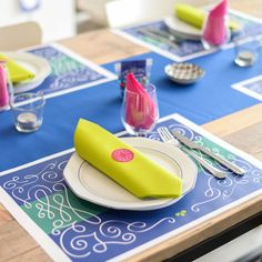 Pimp je servetten met deze kleurrijke servetstickers – Beaublue #wervelwind #blauw #stickers #napkins #beaublue