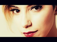 Jorge Gonzalez photoshoot Model: Leticia Chirieleison. Actress Double Nose Piercing Vertical labret PinUp MakeUp