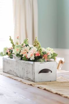 Best Country Decor Ideas - DIY Farmhouse Wooden Box Centerpiece - Rustic Farmhouse Decor Tutorials and Easy Vintage Shabby Chic Home Decor for Kitchen, Living Room and Bathroom - Creative Country Crafts, Rustic Wall Art and Accessories to Make and Sell http://diyjoy.com/country-decor-ideas
