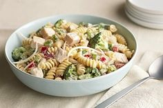 Try preparing our Cold Chicken Pasta Salad for your next picnic or potluck. The cheesy ranch dressing in our Cold Chicken Pasta Salad is always a hit. Cold Chicken Salads, Broccoli Pasta Salads, Chicken Pasta Salad Recipes, Easy Pasta Salad Recipe, Salad Recipes Video, Macaroni Salads, Salad Chicken, Broccoli Recipes, Turkey Recipes