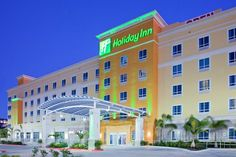 Welcome to Holiday Inn Kemah (Near Boardwalk) Located on Galveston Bay, with  a refreshing  constant breeze  the new Holiday Inn Kemah is conveniently only a 2 blocks from the famous Kemah Boardwalk only 25 miles fromDowntown Houston and Galveston Island