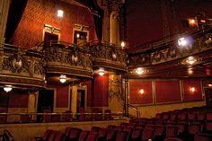 Toronto, Ontario's Elgin Theatre, balcony