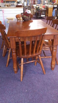 Magpie's Eye, Govan. table & chairs £40! 2nd Hand Furniture, Table And Chairs, Dining Chairs, Shabby Chic Furniture, Eye, Home Decor, Decoration Home, Room Decor, Dining Chair