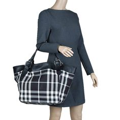 Burberry Black/White Fabric Check Beach Tote w/ Pouch - Buy & Sell  - LC $211 from $1500