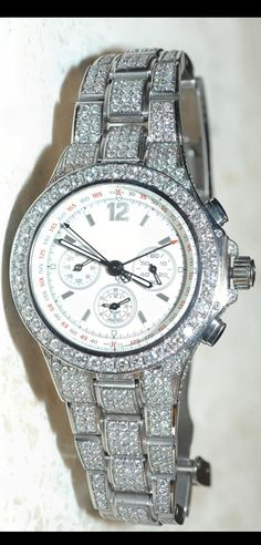 Watches are one of the fashion items which shows its demand all through the year. Not only as fashions item, as a gift but also there are many other things associated with watches. Online shopping of items like designer watches are increasing day by day. Bestnewluxury is one of the best online shopping website for men and women watches in USA. Bestnewluxury shopping site is very secured website for shopping.
