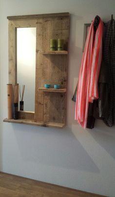 DIY: Steigerhouten wandbord met spiegel. Past leuk bij de DIY Kapstok!