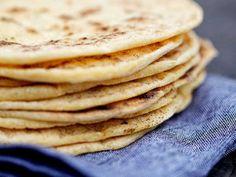 Glutenfritt tortillabröd Sugar Free Baking, Gluten Free Baking, Gluten Free Recipes, Baking Recipes, Savoury Baking, Bread Baking, Dairy Free Bread, Gluten Free Tortillas, Vegan Tacos