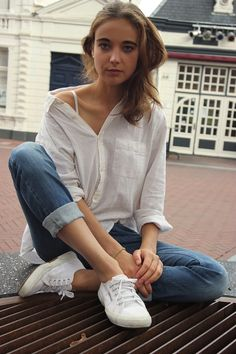 rolled up jeans, cute white tennis shoes and a simple white button-up.