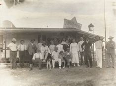 Group portrait outside the Jubilee Hotel, Roebourne, Lost Hotel, Western Australia, Wa Gov, The Outsiders, History, Portrait, Perth, Hotels, Pictures