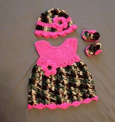 Hey, I found this really awesome Etsy listing at https://www.etsy.com/listing/200355406/pink-camo-baby-dress-crochet-gift-set