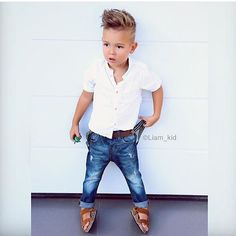 This Cool kids & boys mohawk haircut hairstyle ideas 19 image is part from 60 Awesome Cool Kids and Boys Mohawk Haircut Ideas gallery and article, click read it bellow to see high resolutions quality image and another awesome image ideas. Toddler Boy Fashion, Little Boy Fashion, Toddler Boys, Kids Boys, Fashion Kids, Fashion Clothes, Fashion Fashion, Boys Mohawk, White Shirt And Jeans