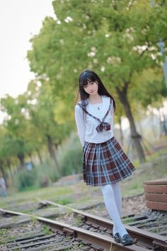 Sad girl Japanese School Uniform, School Uniform Girls, Girls Uniforms, Asian Cute, Cute Asian Girls, Cute Girls, Asian Ladies, School Girl Japan, Japan Girl