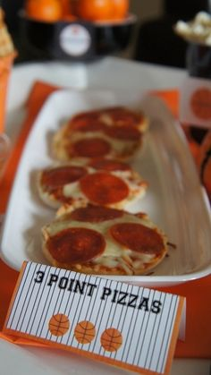 Mini pizzas at a Basketball Party #basketball #partypizza