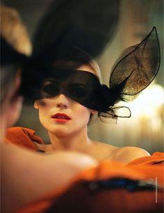 Diane Kruger / Noir Design