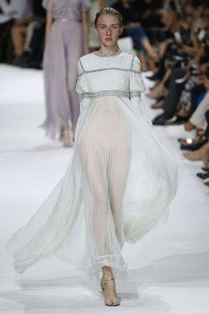 Giambattista Valli | Haute Couture - Autumn 2016 | Look 38
