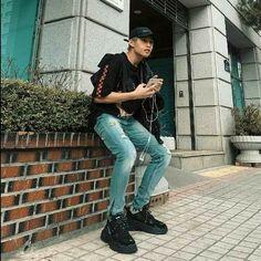 Korean Entertainment Companies, Pop Group, Mom Jeans, Boys, Pants, Chicken, Black, Scrapbook, Collections