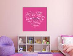 Deze lieve fuchsia muurdecoratie fleurt de muur op in iedere babykamer of kinderkamer.