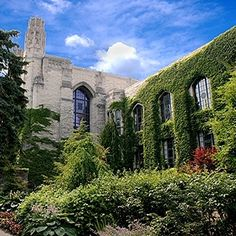 Northwestern University | 41 Scenic College Campuses That Were Made For Instagram