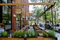 New Outdoor Seating in Chicago Restaurant Scene