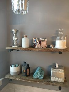 Terrific Cost-Free Barn Wood shelves Concepts Utilizing reclaimed timber has become fairly popular for a second or perhaps two. Building a barnwood highligh. Rustic Wooden Shelves, Diy Wood Shelves, Barn Bathroom, Bathroom Shelves, Easy Shelves, Tiny Powder Rooms, Loft Flooring, Diy Door, Kitchen Island
