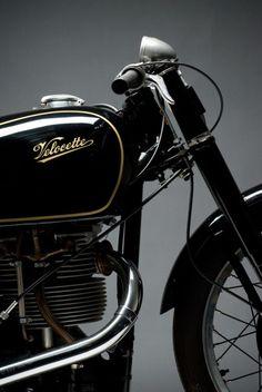 vintage motorcycle Rat Rod Honda - Pipeburn - Purveyors of Classic Motorcycles, Cafe Racers & Custom motorbikes British Motorcycles, Vintage Motorcycles, Cars And Motorcycles, Vintage Bikes, Vintage Cars, Classic Bikes, Classic Cars, Scooters, Old Bikes
