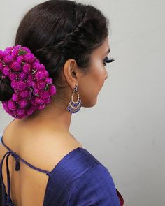 Step by step tutorial of this entire look is on my YouTube channel Saree @vacollections  Earrings @avaricouture Bridal Hairstyle Indian Wedding, Bridal Hairdo, Curly Wedding Hair, Hairdo Wedding, Indian Wedding Hairstyles, Wedding Hair Clips, Unique Hairstyles, Indian Hairstyles For Saree, Saree Hairstyles
