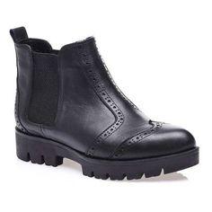 Düz Bot  #boot #shoes #düzbot #deri #leather #siyah #klasik #moda #fashion #bot #bootie #siyahbot #ayakkabı #rahatbot #deribot